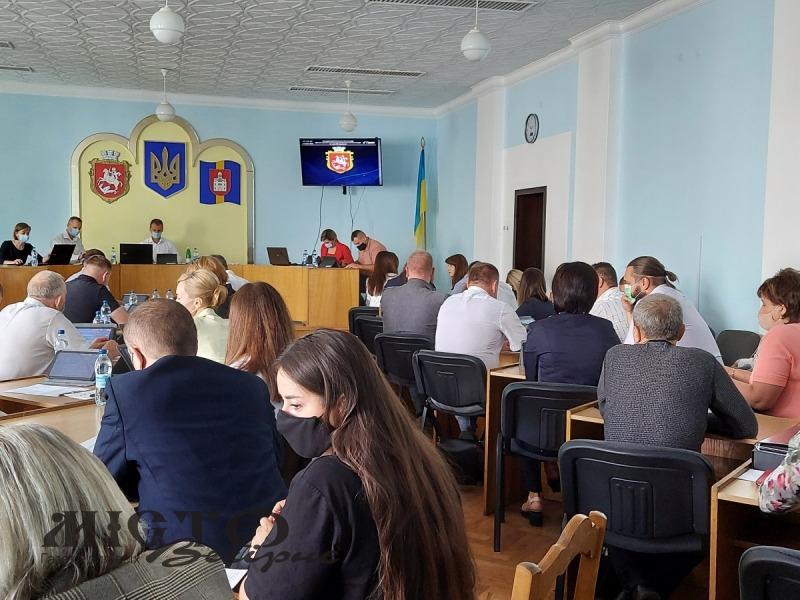 Громада Володимира отримала у комунальну власність об'єкти з села