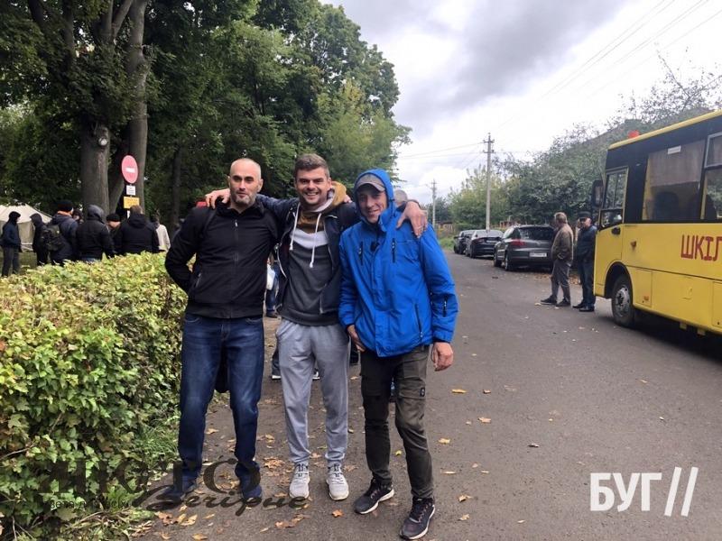 Резервістів Володимира та району відправили на військові навчання