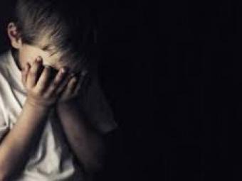 Поліція перевіряє інформацію про можливе розбещення дитини в місті Нововолинську