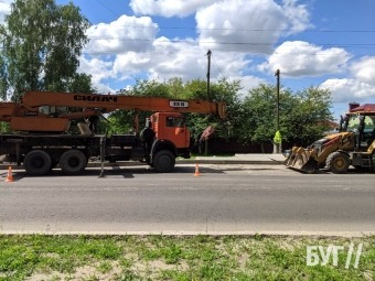 На вулиці Устилузькій у Володимирі демонтують старі зупинки