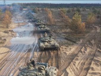 Військовослужбовці 14 бригади привітали Україну з Днем Конституції