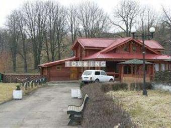 Створять комісію для обстеження законності зведення «Пузатої хати» біля валів городища у Володимирі