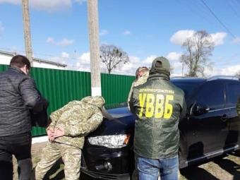 Прикордонник отримав понад 68 тисяч хабара за сприяння тютюновим контрабандистам