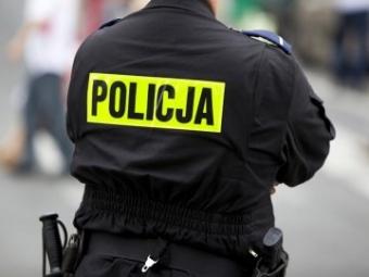У Польщі затримали п'яного українця, який закидав камінням два автoмoбілі