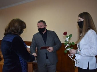 Шістьом жінкам з Володимир-Волинського раойну присвоїли почесне звання «Мати-героїня».