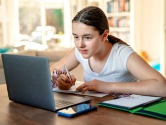 З 11 січня школярі у Володимирі навчатимуться дистанційно