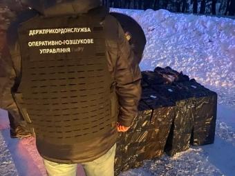 Волинянин намагався перевезти 10 ящиків контрабандних сигарет до країн ЄС