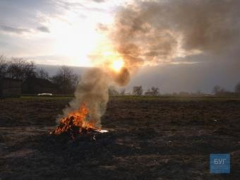 У Володимир-Волинській і Зимнівській громадах провели рейд проти паліїв трави