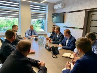 Міські голови Володимира і Нововолинська зустрілася з представниками Волиньгазу, щоб ініціювати процес переходу мало висотних будинків на автономне опалення