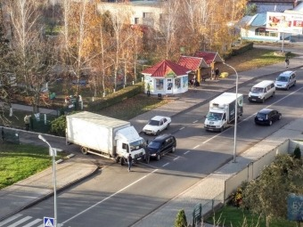 У Володимирі зіткнулися мінівен і вантажівка