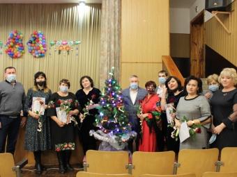До 80-річчя Володимир-Волинської школи №3-ліцей привітали і нагородили педагогів