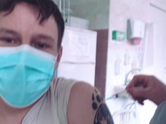 Публічні особи Володимира та Нововолинська розповіли про самопочуття після вакцинації від коронавірусу