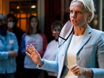 Жінка з України пройшла до палати Конгресу США