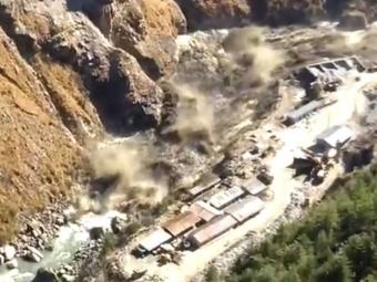 У Гімалаях зійшов льодовик, 150 людей зникли безвісти