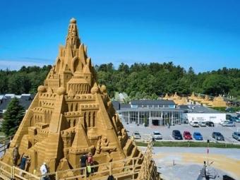 У Данії побудували найвищий у світі пісочний палац