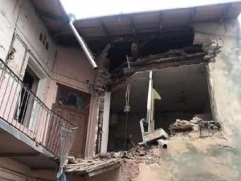 У Львові вибухом знесло частину стіни житлового будинку, є постраждалі