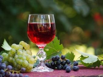 Україна скасувала мито на ввезення європейських вин