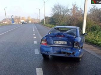 У Нововолинську вантажівка протаранила Opel