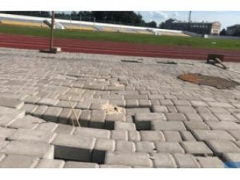 При ремонті міського стадіону в Нововолинську значно завищили вартість робіт