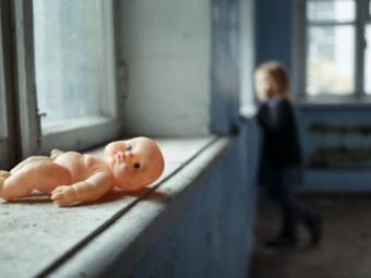 В будинку брудно і антисанітарія: на Волині судили горе-матір