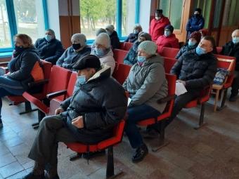 Жителі села Ласків організовують толоку для прибирання кладовища
