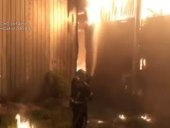 Розповіли деталі пожежі виробничого приміщення у Володимирі