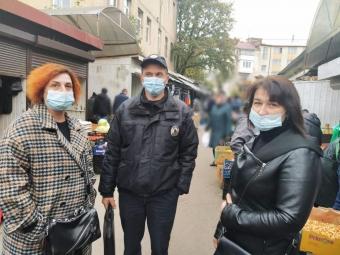 Правоохоронці перевіряли дотримання карантинних заходів на ринках Володимира