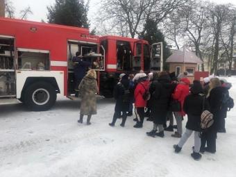 Студенти педагогічного коледжу відвідали рятувальну частину у Володимирі