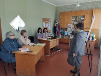 У Володимир-Волинському центрі професійного розвитку педагогічних працівників відбулося чергове засідання Школи консультанта