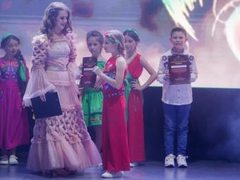 Учениці «Creative Studio» з Володимира презентували дитячу лінійку одягу у Львові