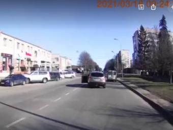 Біля АТП у Володимирі трапилась аварія