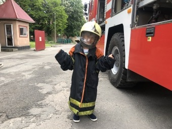 Рятувальники у Володимирі здійснили мрію 6-річного хлопчика