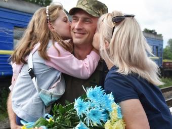 Жителів громади запрошують урочисто зустріти військовослужбовців 14-ої ОМБр