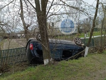 У Зимнівській громаді виявили перевернутий автомобіль
