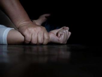 На Волині зґвалтована у 13 років дівчина народила дитину