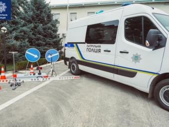 Якість доріг в Україні перевірятимуть дорожніми автолабораторіями
