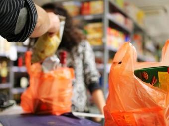 В Україні обмежать обіг пластикових пакетів