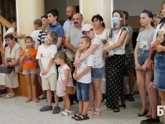 У Володимирі художня арт-студія «Фіглі-міглі» виставкою відсвяткувала дворіччя