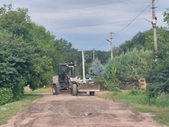 У Володимирі на вулицях в районі цукрового заводу засипали ями