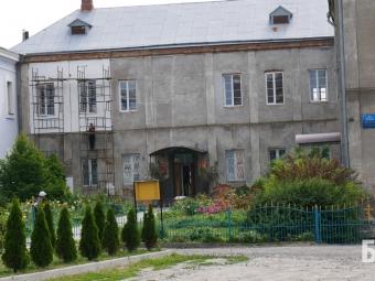 Попри заборону, релігійна громада у Володимирі продовжує проводити будівельні роботи на території заповідника