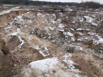 На Волині незаконно видобували пісок