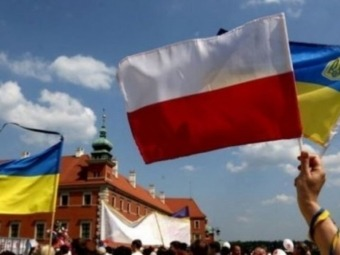 За рік до Польщі переїхало 100 тисяч українців