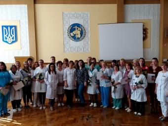 У Володимирі з професійним святом привітали медичних сестер