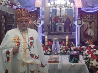 Священник переписав церкву на доньку