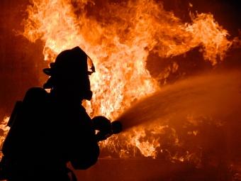 На Волині у пожежі загинув 72-річний чоловік, його 97-річну матір вдалось врятувати