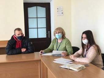У Володимирі на ярмарку вакансій підбирали водія для хлібозаводу