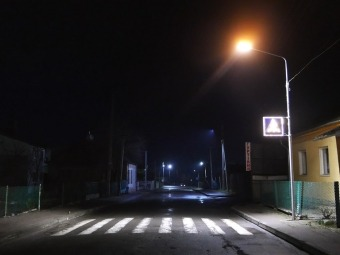 Біля гімназії у Володимирі освітили пішохідний перехід