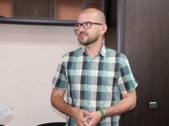 У Володимирі хірургу ТМО вручили ордер від службової квартири