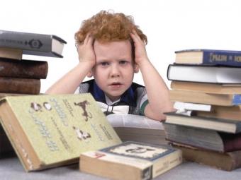 Міносвіти просить вчителів не перевантажувати учнів домашніми завданнями