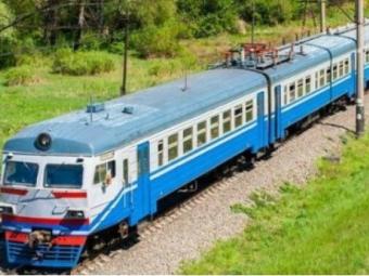 Депутат Волиньради просить відновити рух потягів, що зупинялися на станціях Зимнівської та Іваничівської громад
